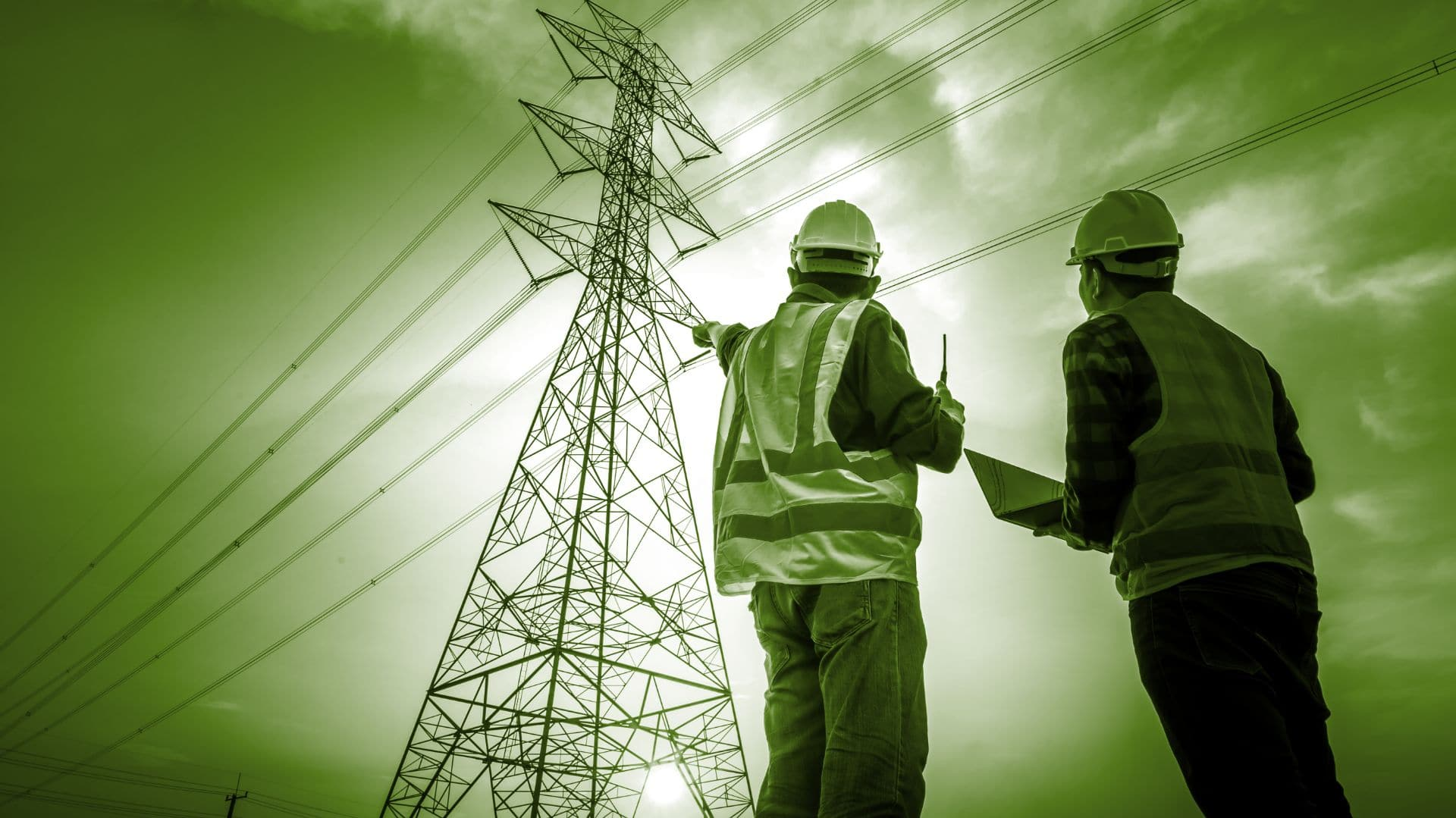 workers-pointing-at-powerline
